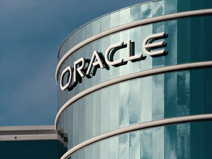 110211 - Oracle HQ Building