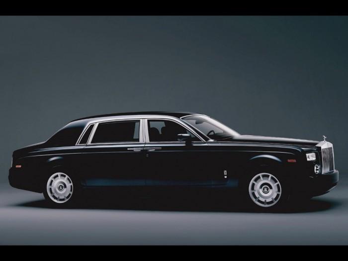 2005-Rolls-Royce-Phantom-Extended-Wheelbase-SA-1600x1200