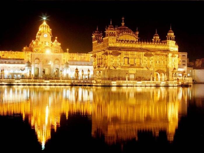 Golden_Temple_India