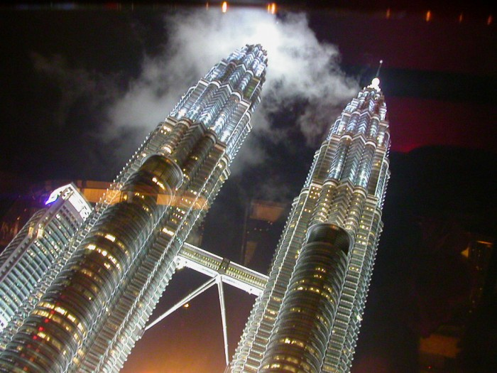 Petronas_Twin_Towers_7