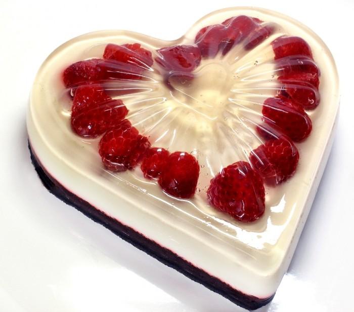chocolate-raspberry-cream