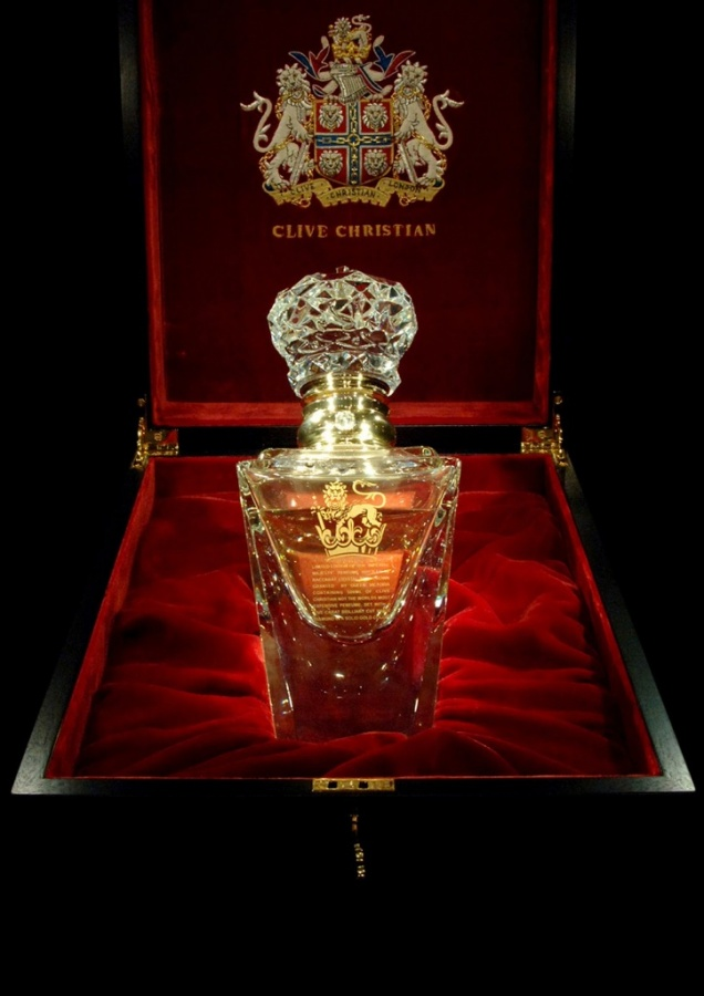 clive-christian-no-1-perfume-imperial-majesty-edition-in-box 2