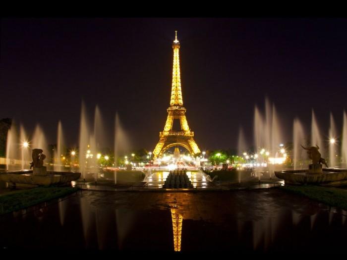 eiffel-tower-paris-night-wallpaper