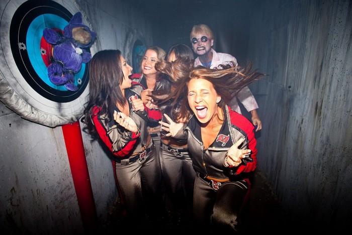 howl of scream bucscheerleaders1