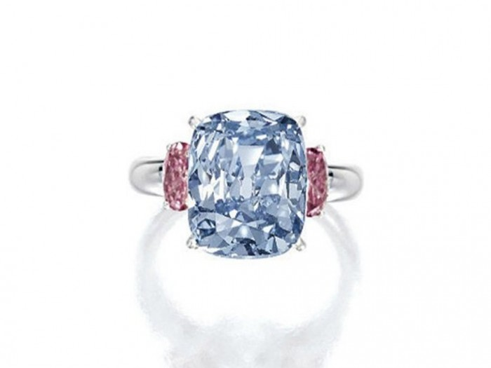 10-this-vivid-blue-and-diamond-ring-sold-for-10-million