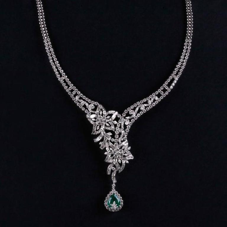 1390633552_593215557_5-Buy-Affordable-Diamond-Necklace-Online-at-PC-Jewellers-Home-Lifestyle