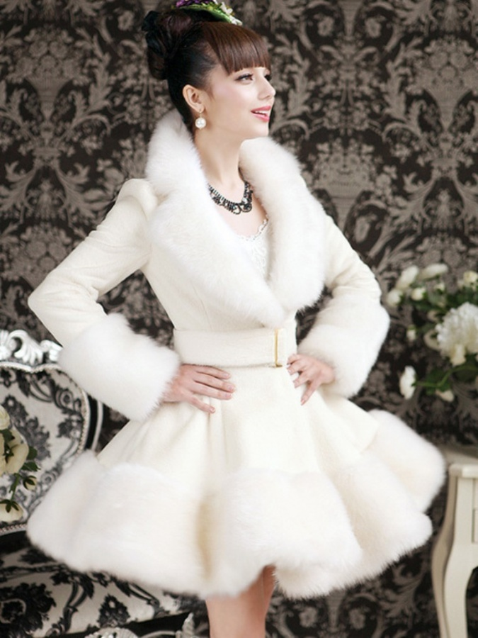2014-Autumn-Winter-Fashion-Women-s-Overcoat-Artificial-Rabbit-Hair-Fox-Fur-Slim-Fur-Coat-Luxury