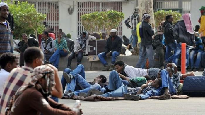 351142_Qatar-migrant-workers