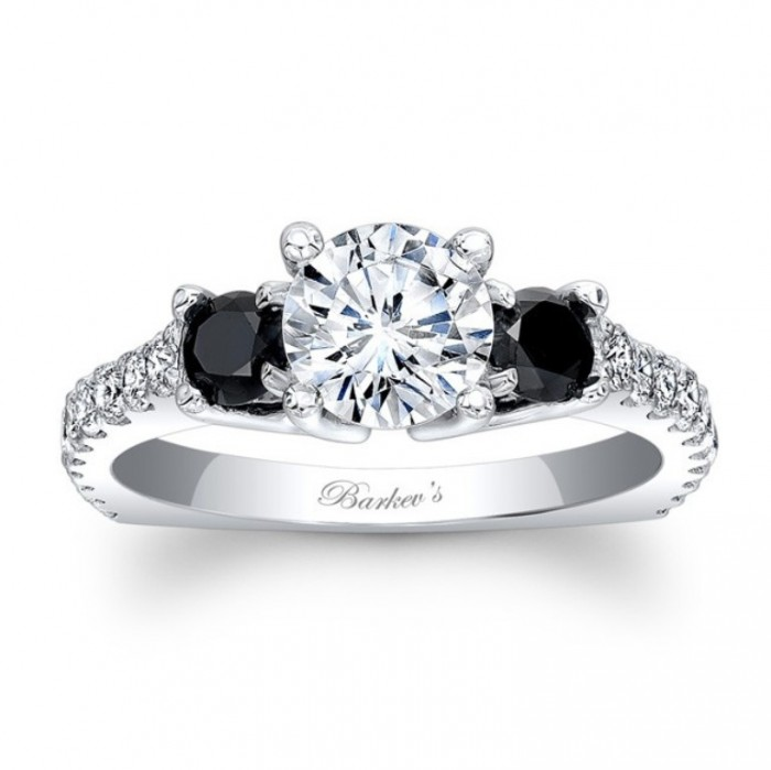 Top 10 Dazzling Diamond Engagement Rings
