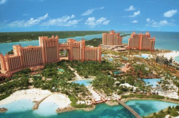 Atlantis Resort Hotel in the Bahamas Paradise-Island_Hotel-Atlantis_Bahamas