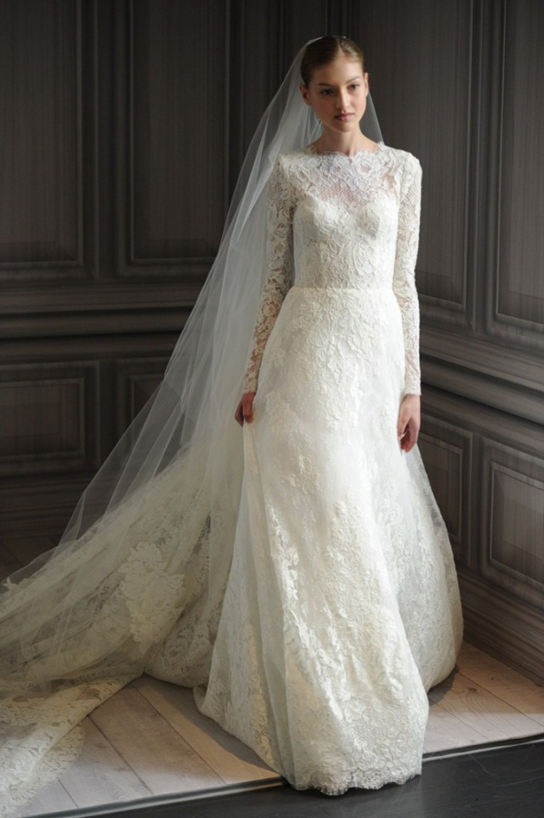 Free-shipping-Long-sleeves-Chic-Vintage-Lace-Wedding-Dress-High-Neck-with-low-V-Back-Full