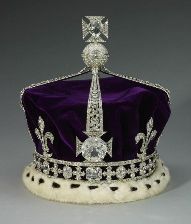 Koh-i-Noor Crown of Queen Elizabeth