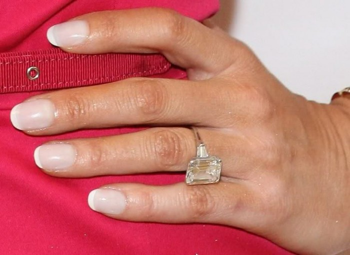 Melania Knauss's engagement ring .