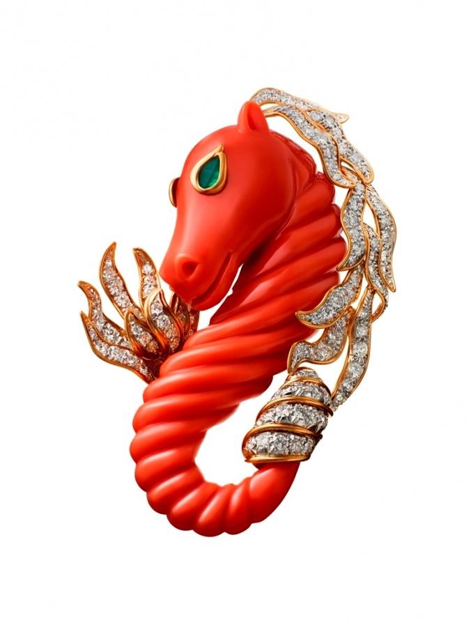 Norton_Exhibition_WEBB_Seahorse-brooch