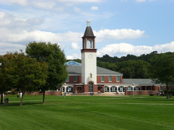 Quinnipiac_University_2_by_MechaTC