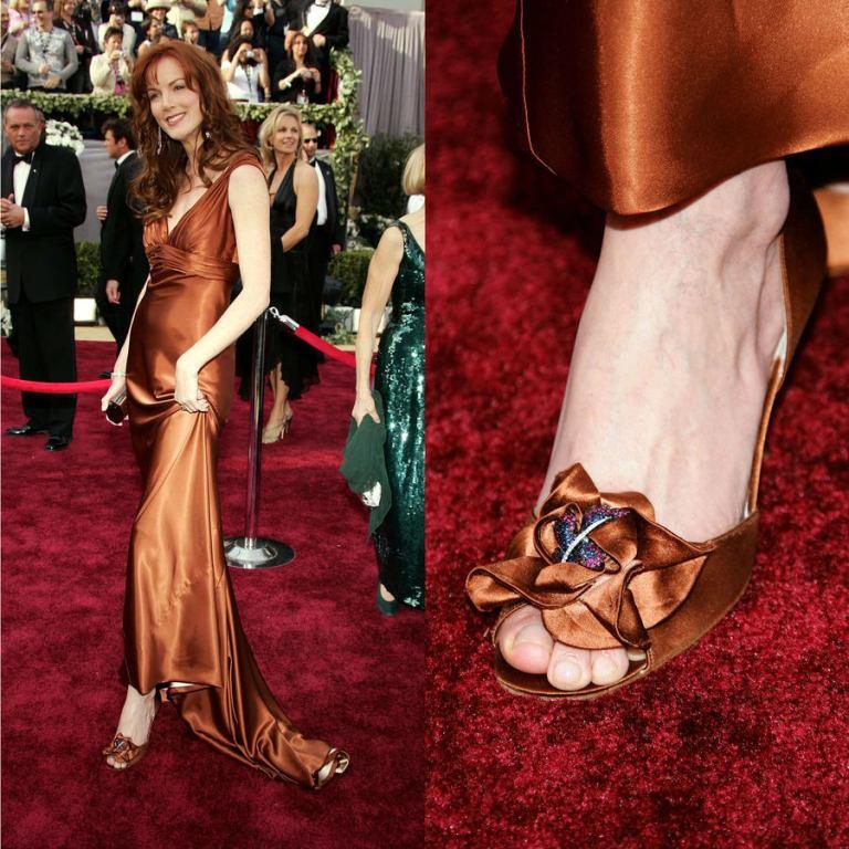 """Stuart Weitzman's """"Rita Hayworth"""" Heels"""