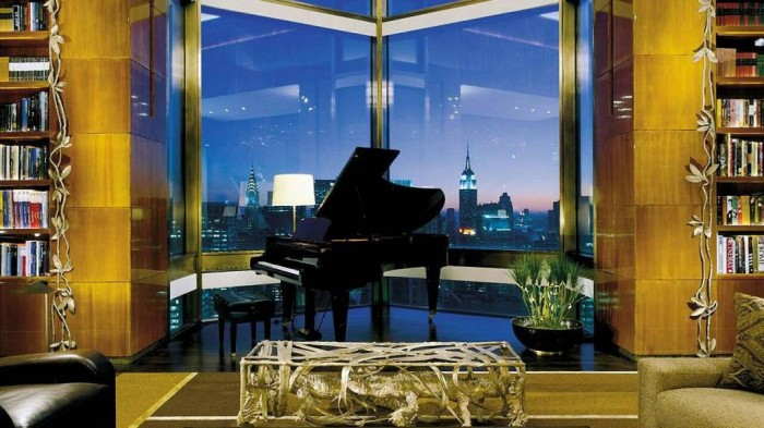 Ty Warner Penthouse Suite, Four Seasons Hotel, New York .