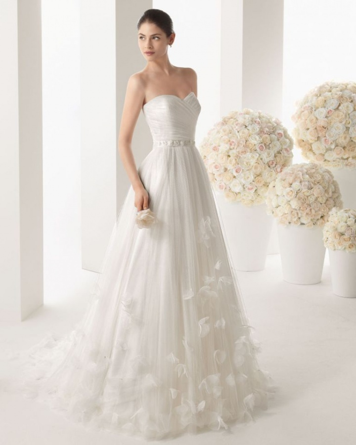 Wedding-Dresses-2014-RCW0036