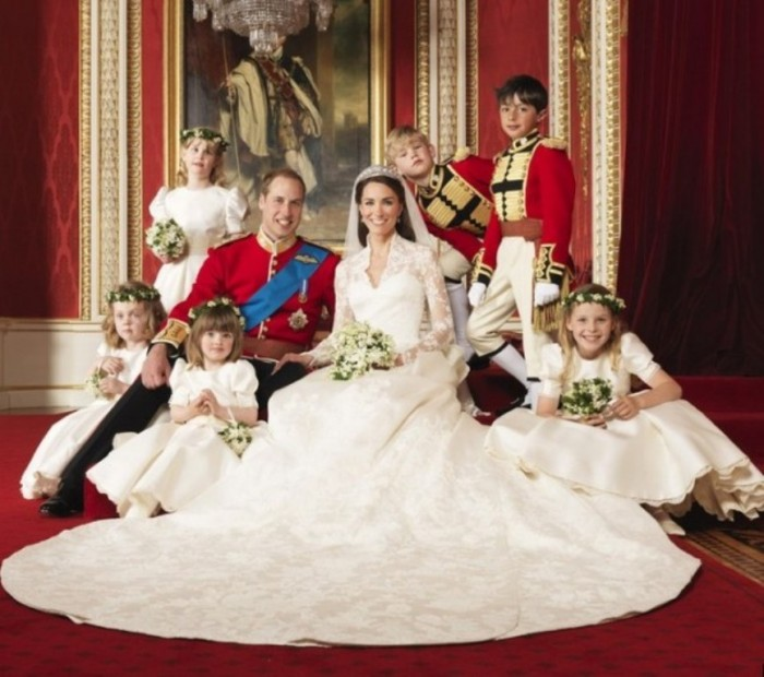 alexander mcqueen wedding dresses  kate middleton dress