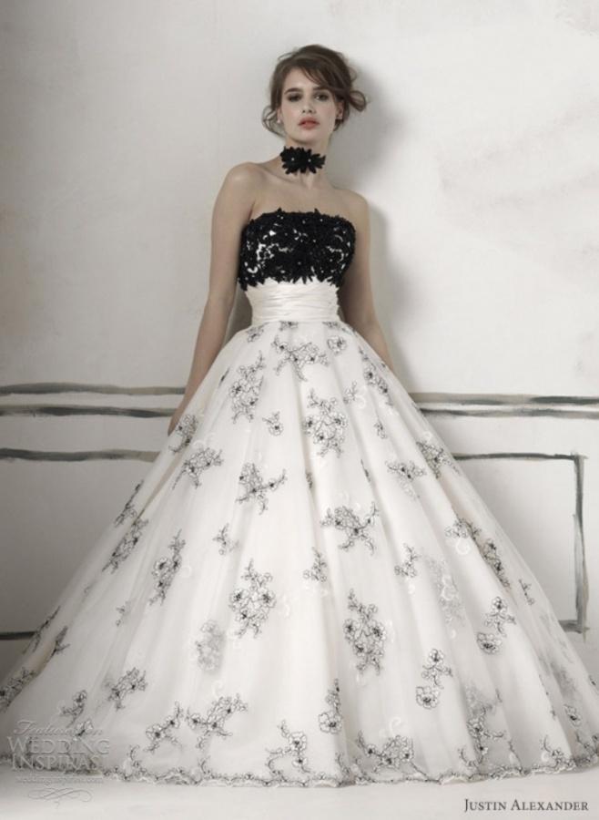 black-and-white-wedding-dress3