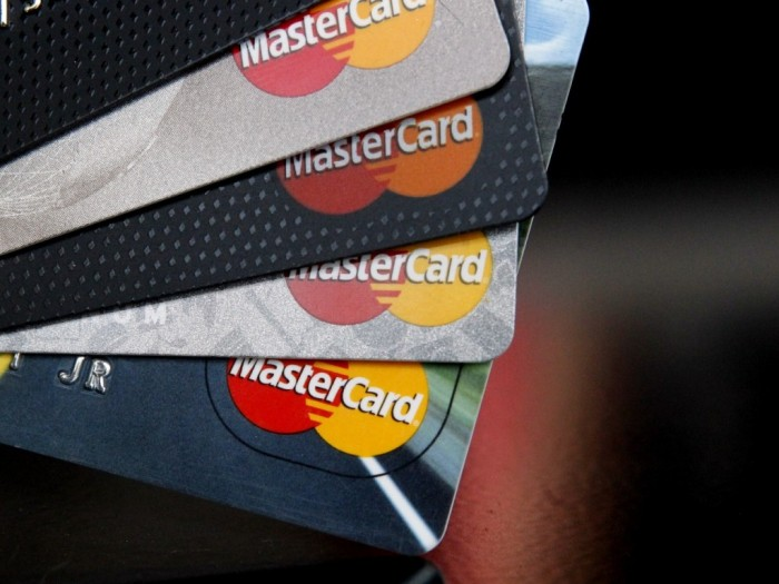 earns-mastercard