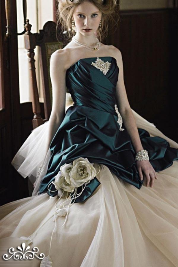 emerald-green-strapless-ball-gown-wedding-dresses