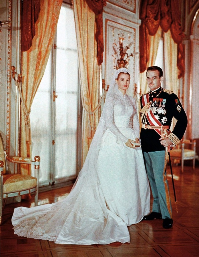grace-kelly-prince-rainier-of-monaco-long-sleeve-wedding-dress-0213w