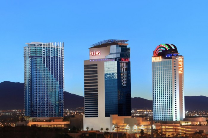 hugh-hefner-sky-villa-at-the-palms-las-vegas-appreciate-ultra-luxury-in-the-worlds-five-most-expensive-hotels