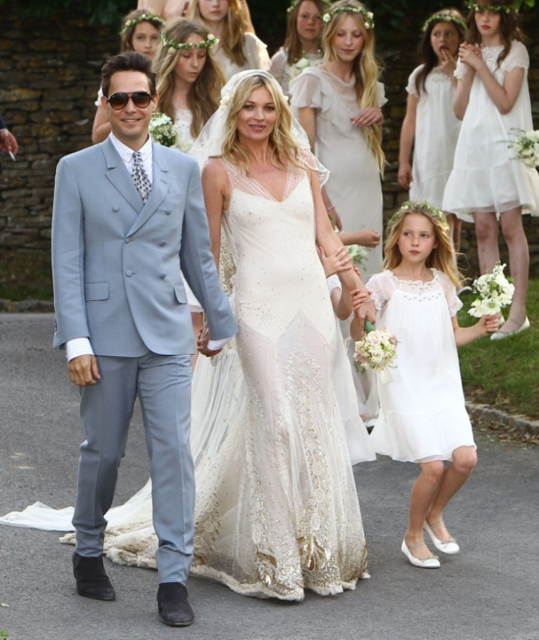 kate_moss_wedding_05_wenn3420880