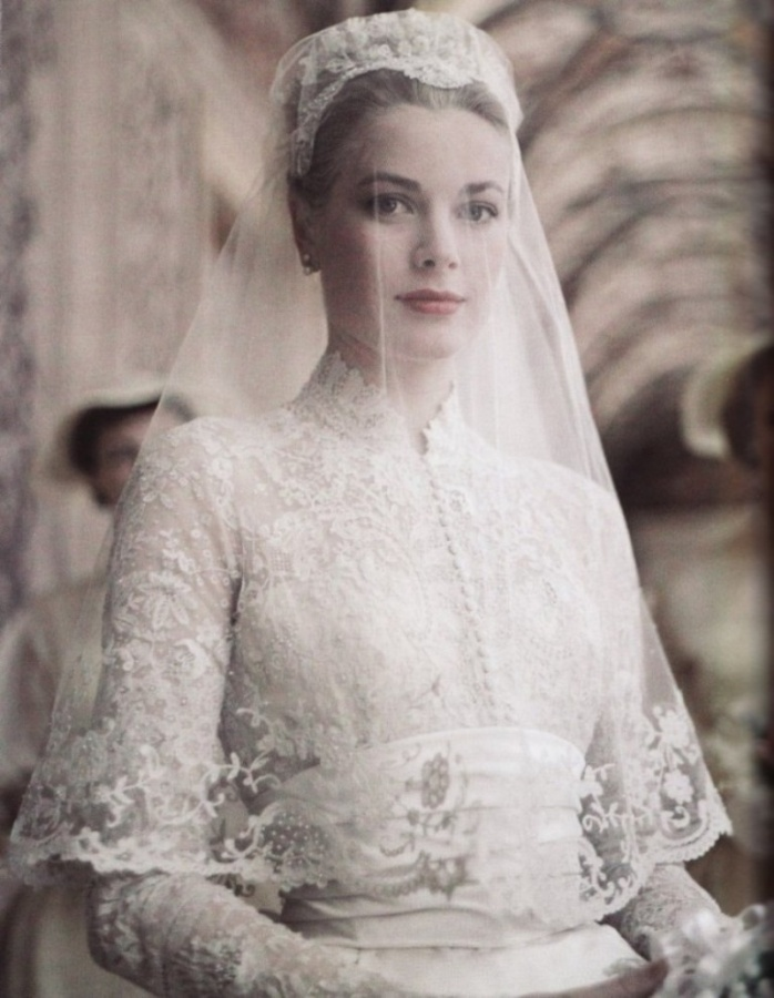 long-sleeved-wedding-dresses-my-love-for-the-long-sleeve-wedding-gown-27402-666x858
