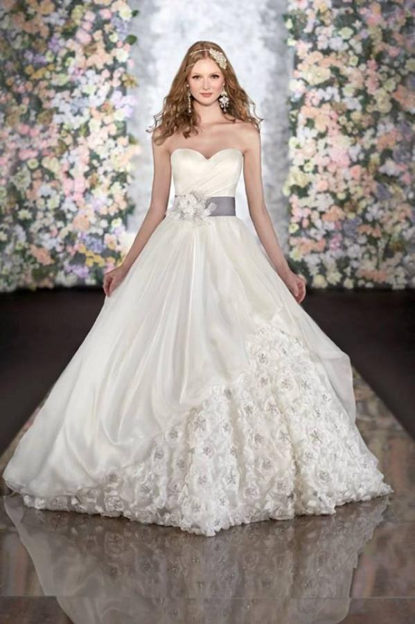 martina-liana-wedding-dresses-spring-2014-1-092413