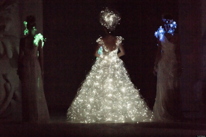 o-WEDDING-DRESS-WITH-LIGHTS-facebook