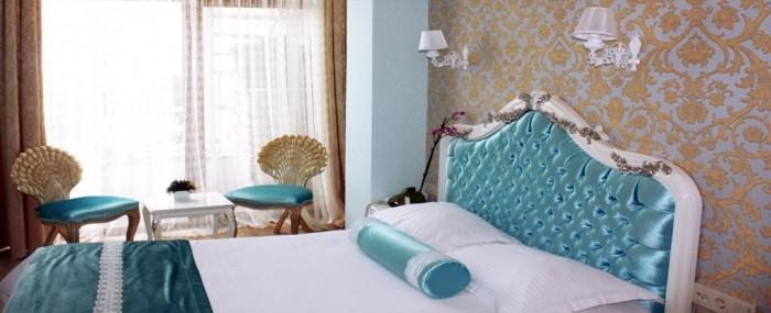 romantic hotel is