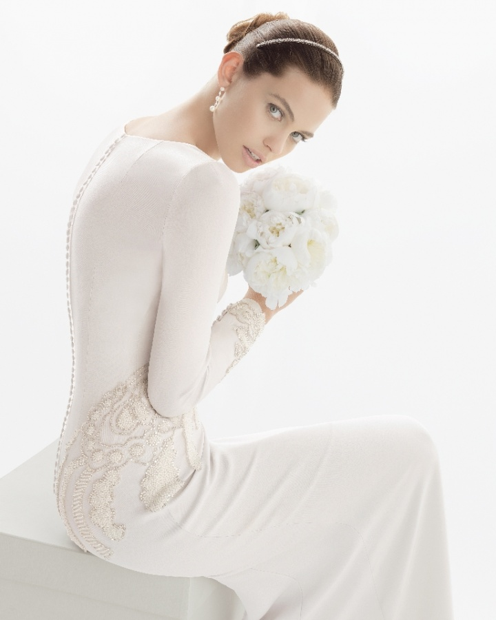 rosa-clara-2014-coral-long-sleeve-wedding-dress-beads-buttons-close-up