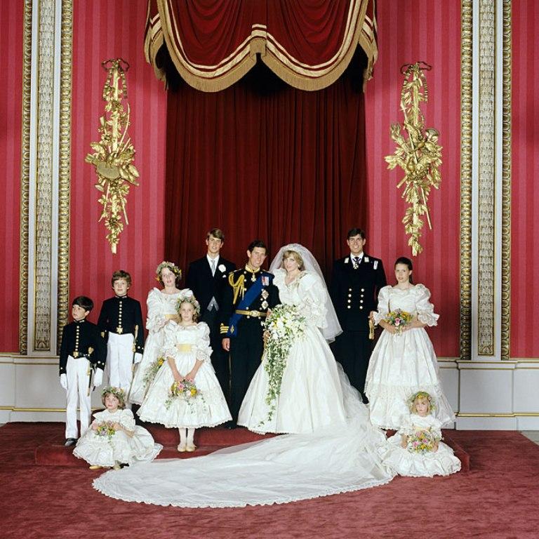 3763 Royal Wedding Small Group