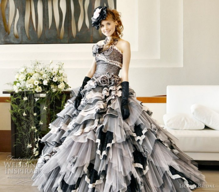 ruffle-wedding-dress