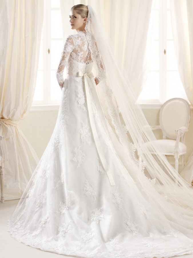 Top 10 most beautiful wedding dresses sleeves wedding for Top 10 most beautiful wedding dresses