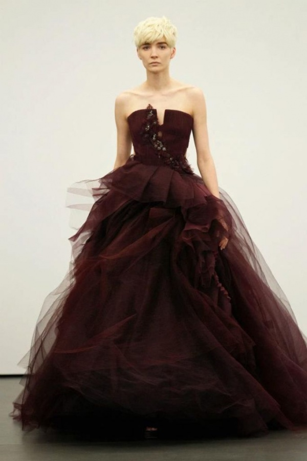 spring-2012-wedding-dresses-vera-wang-bridal-gown-non-white-dresses-red-16__full