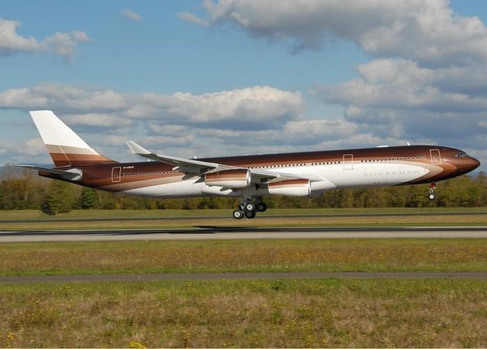 Bourkhan_Airbus_A340-313X_Roman_Abramovich_Nussbaumer