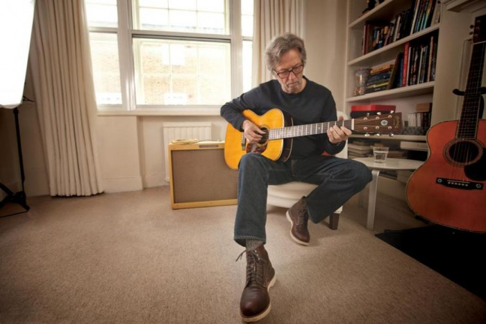 Eric Clapton Playing Martin Crossroads Signature_0