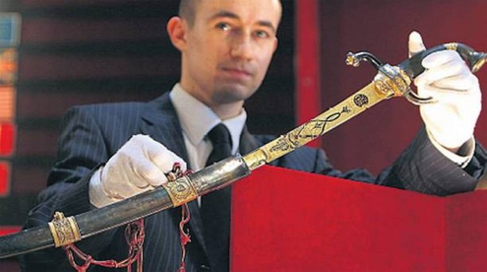 Gold encrusted sword used by Napoleon Bonaparte