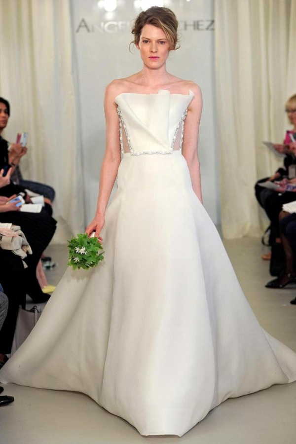 Top 10 wedding dress designers for Custom wedding dress designers