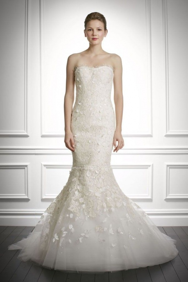 fall-2013-wedding-dress-carolina-herrera-bridal-gowns-2__full
