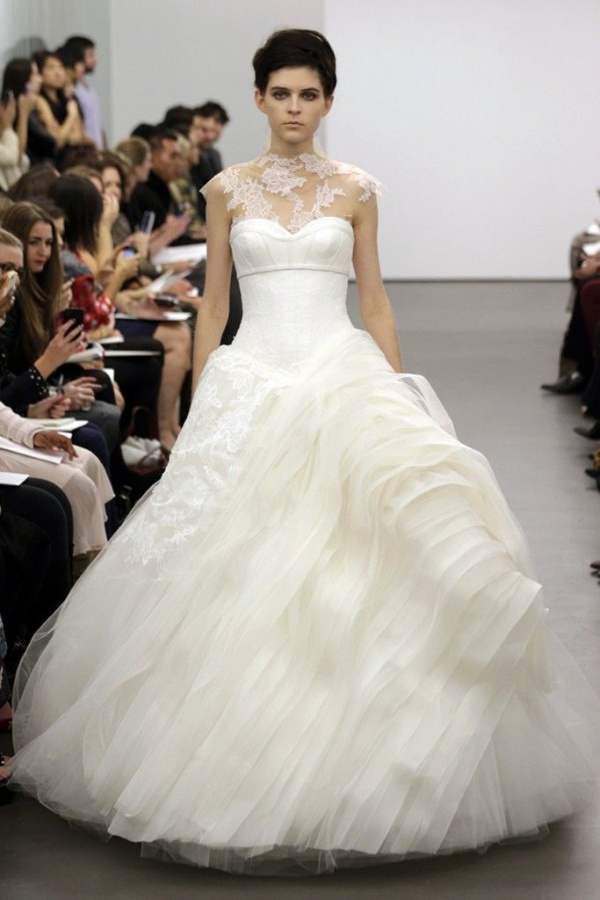 vera-wang-wedding-dress-fall-2013-bridal-14__full