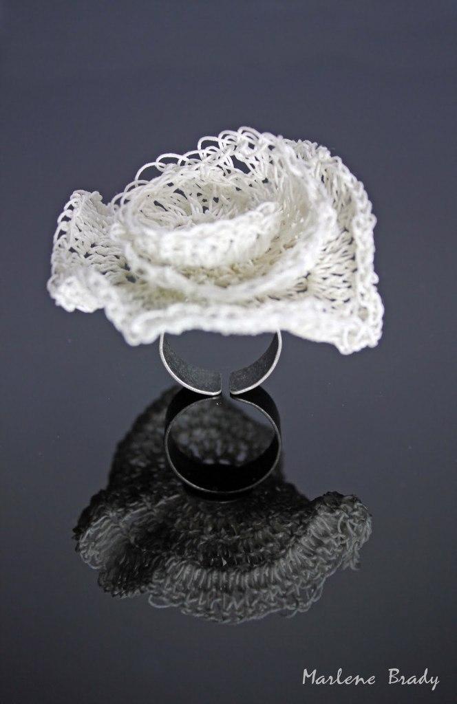 034White Crocheted Ring
