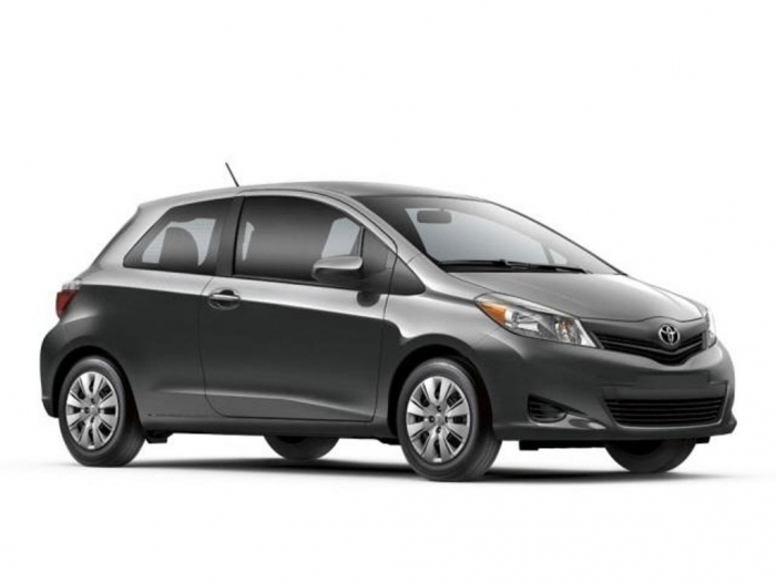 2014_toyota_yaris_3_door_l_hatchback