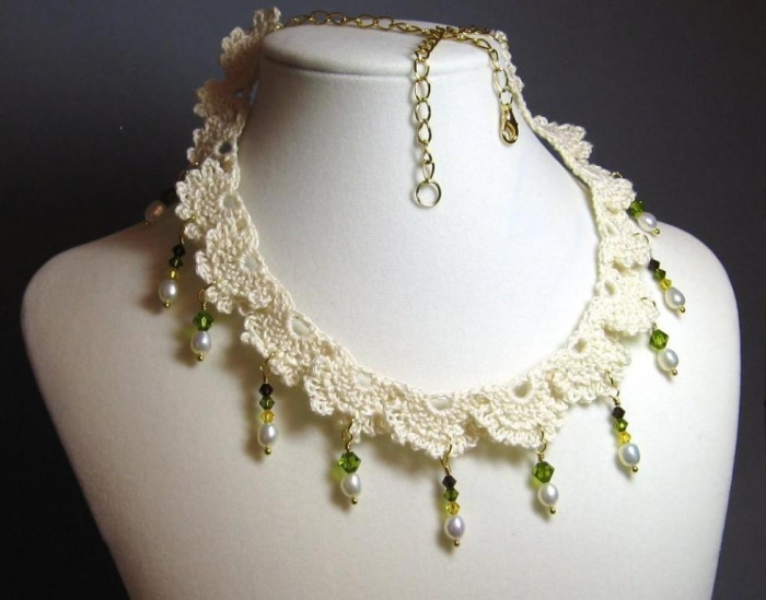 Crochet-Lace-Necklace-With-Beads