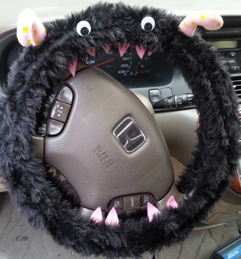 Cute-Cartoon-Fuzzy-Monster-Steering-Wheel-Cover-Wrap-font-b-Warm-b-font-Your-Hands-Great