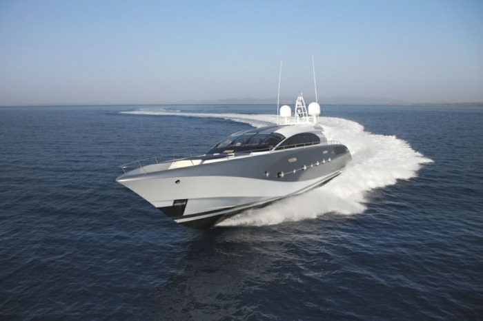 Luxury_Yacht_Shooting_Star_9