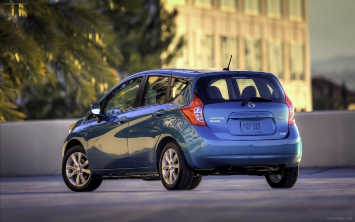 Nissan-Versa-Note-2014-widescreen-20
